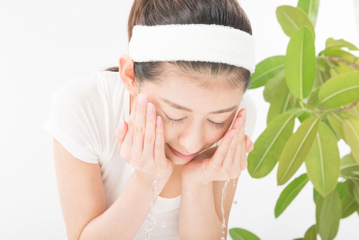 正しい洗顔方法が本来の肌の美しさを取り戻させる