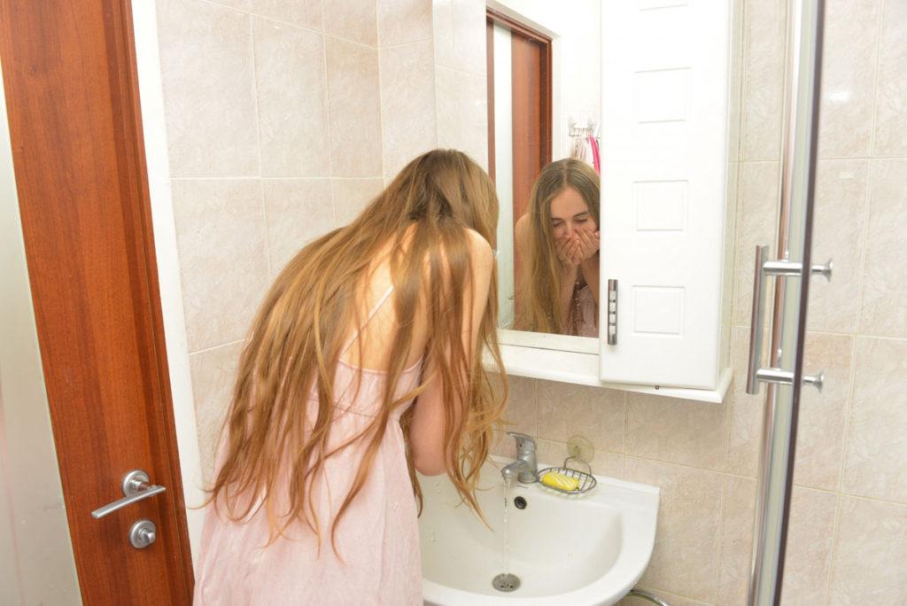 朝の洗顔について